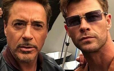 Robert Downey Jr. slaví narozeniny. Chris Hemsworth mu věnoval dojemné blahopřání
