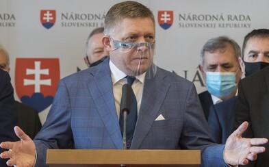 Robert Fico označil predĺženie núdzového stavu za bezdôvodné. Chce začať zbierať podpisy na referendum o predčasných voľbách
