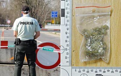 Róbertovi, ktorý za 8 gramov marihuany dostal 12,5 roka väzenia, teraz krajský súd zrušil trest. Navrhuje miernejší verdikt