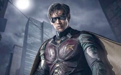 Robin posiela v debutovom traileri seriálu Titans Batmana na dôchodok a ujíma sa vlády na Gothamom