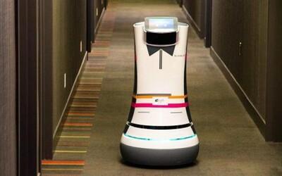 Robotický sluha ti donesie raňajky priamo pred tvoje hotelové dvere