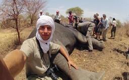 Rodák z Třince bojuje proti krvelačným pytlákům, cestuje a zachraňuje slony v Africe (Rozhovor)