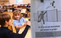 Rodičom vo francúzskej škôlke zakázali prehadzovať deti cez plot. Chceli tak ušetriť čas, keď nestíhali prísť načas