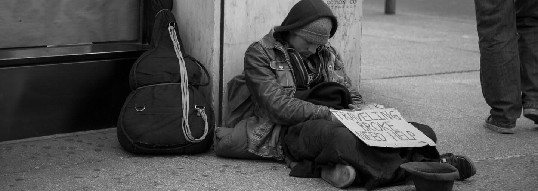 Rodina z Krnova u sebe nechala přespat bezdomovce. Druhý den odmítl odejít