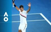 Roger Federer poráža Marina Čiliča vo finále Australian Open a získava rekordný 20. Grand Slam