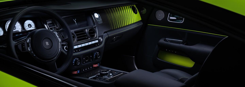 Rolls-Royce ukázal v rámci exkluzivní edice Black Badge výstřední neonové laky