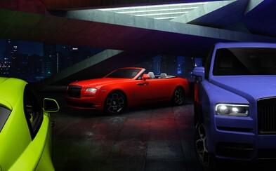 Rolls-Royce ukázal v rámci exkluzívnej edície Black Badge výstredné neónové laky