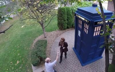 Romantická žiadosť o ruku na motívy Doctora Who roztopí srdce nejednému fanúšikovi seriálu