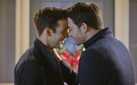 Romantický vianočný film s homosexuálnym párom v hlavných úlohách. Hallmark sa snaží rúcať bariéry