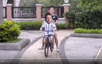 Ronaldo a Messi ako najlepší kamaráti vo výbornom videu so zvučkou z kultových Priateľov