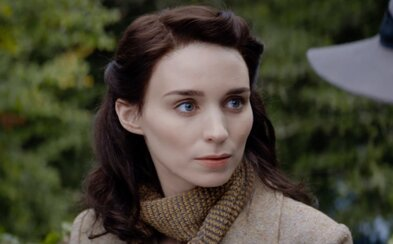 Rooney Mara stvárňuje ženu uväznenú pod tlakom náboženskej morálky v írskej dráme The Secret Scripture