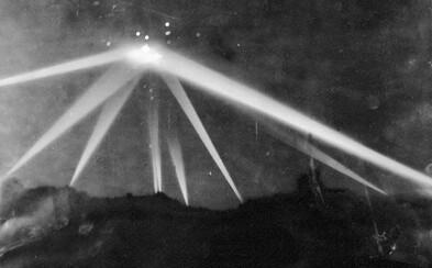 Rozoberanie záhad: Bola bitka o Los Angeles v roku 1942 skutočným bojom ľudí s mimozemskou technikou?