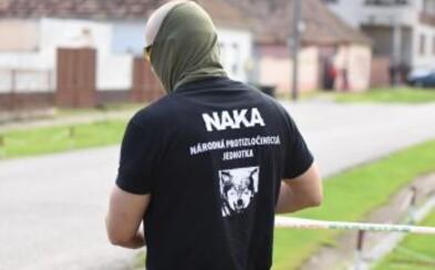 Rozsiahla policajná razia na západnom Slovensku: NAKA zadržala členov násilníckej zločineckej skupiny (aktualizované)