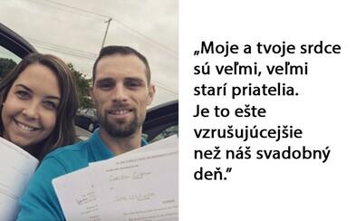 Rozvod nemusí skončiť len vojnou. Hitom internetu sú selfie fotky usmiatych párov, ktorých manželské cesty sa práve rozdelili