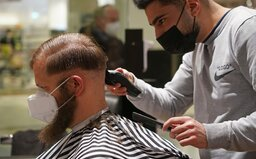 Rozvolňování od 3. května: Můžeš navštívit kadeřníka nebo kosmetický salón, do škol se vrátilo více žáků