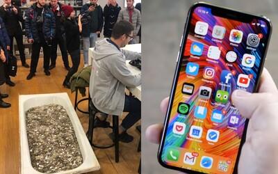 Rus přišel za nový iPhone XS zaplatit tisíci mincí. Vážily přes 350 kilogramů