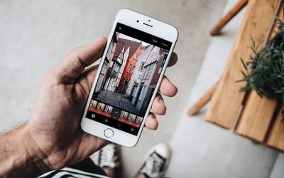 Rus žaluje Apple a tvrdí, že z neho iPhone spravil geja. Chce 15 000 dolárov
