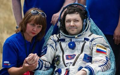 """Rusko do vesmíru vybaví své kosmonauty pistolemi. Mají pomoct v """"mimořádné situaci"""""""