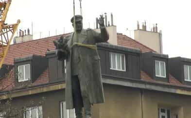 Rusko hrozí odvetou za stržení sochy maršála Koněva. Tento skutek způsobuje hluboké rozhořčení, vzkazuje