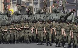 """Rusko povolá na západ krajiny nové vojenské jednotky. Chce tak čeliť """"narastajúcej hrozbe zo strany NATO"""""""