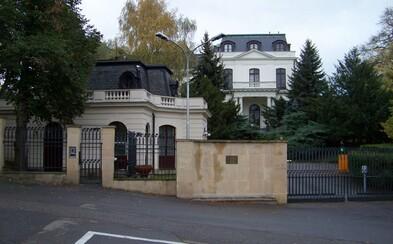 Rusko se mstí za vyhoštěné diplomaty kvůli kauze ricin. Označilo dva české velvyslance za nežádoucí