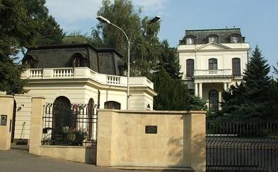 Rusko žádá po Česku policejní ochranu pro svého diplomata, o němž se psalo v kauze ricin