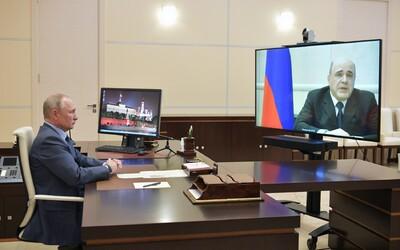 Ruský premiér Michail Mišustin má koronavírus. Oznámil to počas videohovoru s Putinom