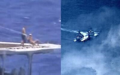 Ruští námořníci se zdánlivě spokojeně opalovali, zatímco se jejich loď téměř srazila s americkým plavidlem