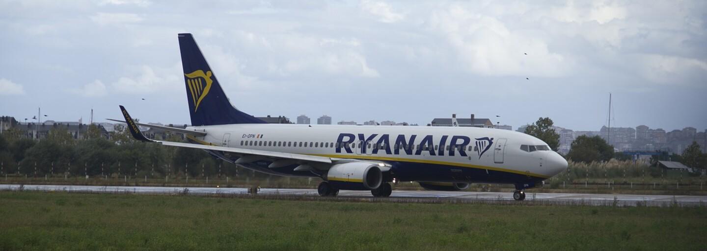 Ryanair létá za 130 Kč, a přesto ročně vydělá 39 miliard korun. Jak fungují tyto nízkonákladové aerolinky?