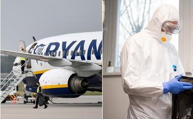 """Ryanair """"zaparkoval"""" takmer všetky z ich 450 lietadiel. Je možné, že pre koronavírus spoločnosť prevádzku zruší úplne"""