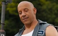 Rychle a zběsile 9 má venku první záběry. Dominic Toretto v nich uspává svého syna Briana a schyluje se k nebezpečné akci