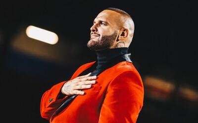 Rytmus má na kontě největší koncert v historii slovenského rapu, Chris Brown píše zoufalé komentáře pod fotku Rihanny