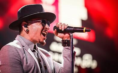 S Chesterom Benningtonom sa rozlúči aj Slovensko. Pamiatku speváka Linkin Park si prídu ľudia uctiť hrou na gitare i sviečkami