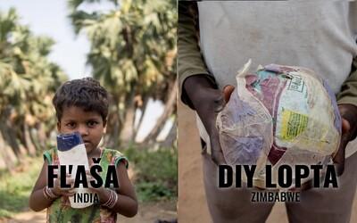 S čím si hrají děti po celém světě? Oblíbená hračka indického chlapce je plastová láhev