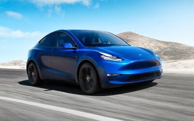 S dojezdem 540 km nová Tesla Model Y kraluje mezi elektrickými SUV. V Evropě ji však jen tak brzy neuvidíš