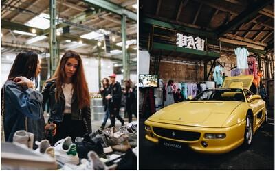 S FASHION DEALã jsme se navždy rozloučili v pražské Továrně. Nechyběly drahé hadry, umění, tenisky ani kvalitní hudba (Fotoreport)