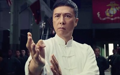 S Ip Manem si to tentokrát rozdá mocný Yuri Boyka. 4. část bojové série láká akčním trailerem