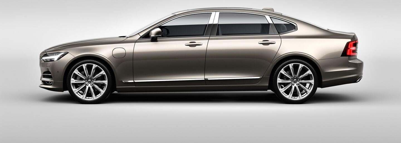 S90 Excellence je nejluxusnějším Volvem všech dob! Má 3 místa, 2 motory a 1 botník