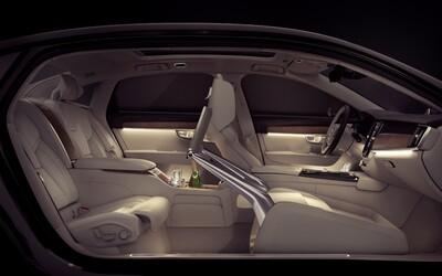 S90 Excellence je najluxusnejším Volvom všetkých čias! Má 3 miesta, 2 motory a 1 topánkovník
