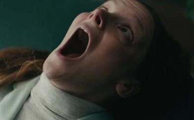 Saint Maud je nechutná noční můra. Věřící křesťanka se obrátí na ďábla v psychologickém hororu