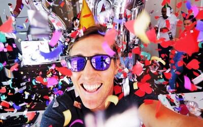 Sajfa oslavuje už 200. vlog. Na YouTube pôsobí už vyše roka a natáčania sa tentokrát ujal aj jeho pes