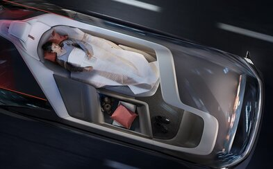 Samojazdiace autá dobývajú svet. Automobilový priemysel čaká obrovské zemetrasenie