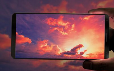 Samsung má pripravené prekvapenie. Galaxy S8 dostane zaoblený displej a Galaxy S8 plus aj ozrutnú uhlopriečku
