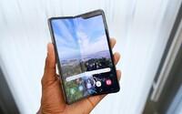 Samsung svůj ohebný telefon Galaxy Fold bleskově vyprodal