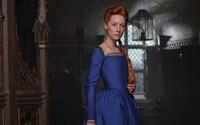 Saoirse Ronan a Margot Robbie si zahrajú v historickej dráme, ktorá nám rozpovie príbeh škótskej kráľovnej Márie Stuartovej