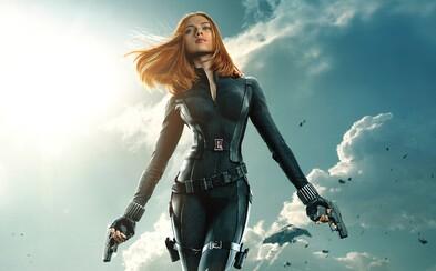 Scarlett Johansson ako Black Widow pravdepodobne dostane svoj vlastný film. Kto sa posadí na režisérsku stoličku?