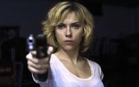 Scarlett Johansson po kontroverzii, ktorú vyvolalo jej obsadenie do úlohy transexuála, opúšťa projekt. Bolo to odo mňa necitlivé, povedala