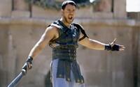 Scenár pre oscarového Gladiátora bol príšerný, spomína herec Russell Crowe. Čo ho presvedčilo rolu prijať?