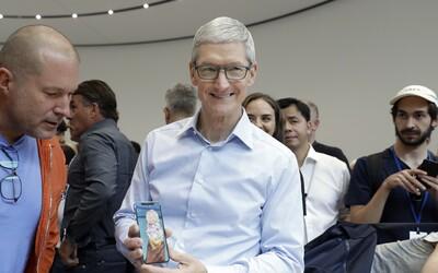 Šéf Applu Tim Cook dostal za úspěchy firmy bonus 750 milionů dolarů