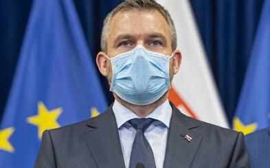 Šéf lekárnikov kritizuje vyjadrenia Petra Pellegriniho: S rúškom na tvári ste obvinili tisíce nechránených kolegov